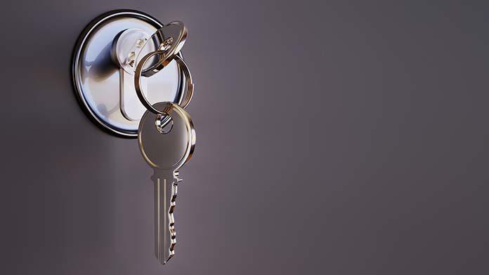 Montaż zamków – do kogo zwrócić się o pomoc?