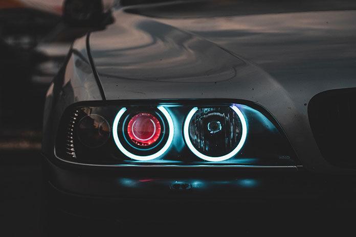 Czyszczenie kolektora ssącego w BMW